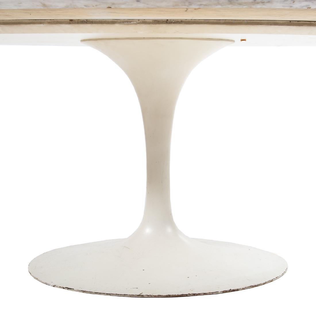 Eero Saarinen Mid-Century Modern Tulip table - 3