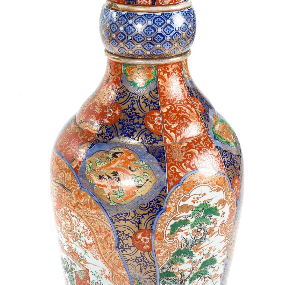 Japanese Imari porcelain monumental palace vase - 4