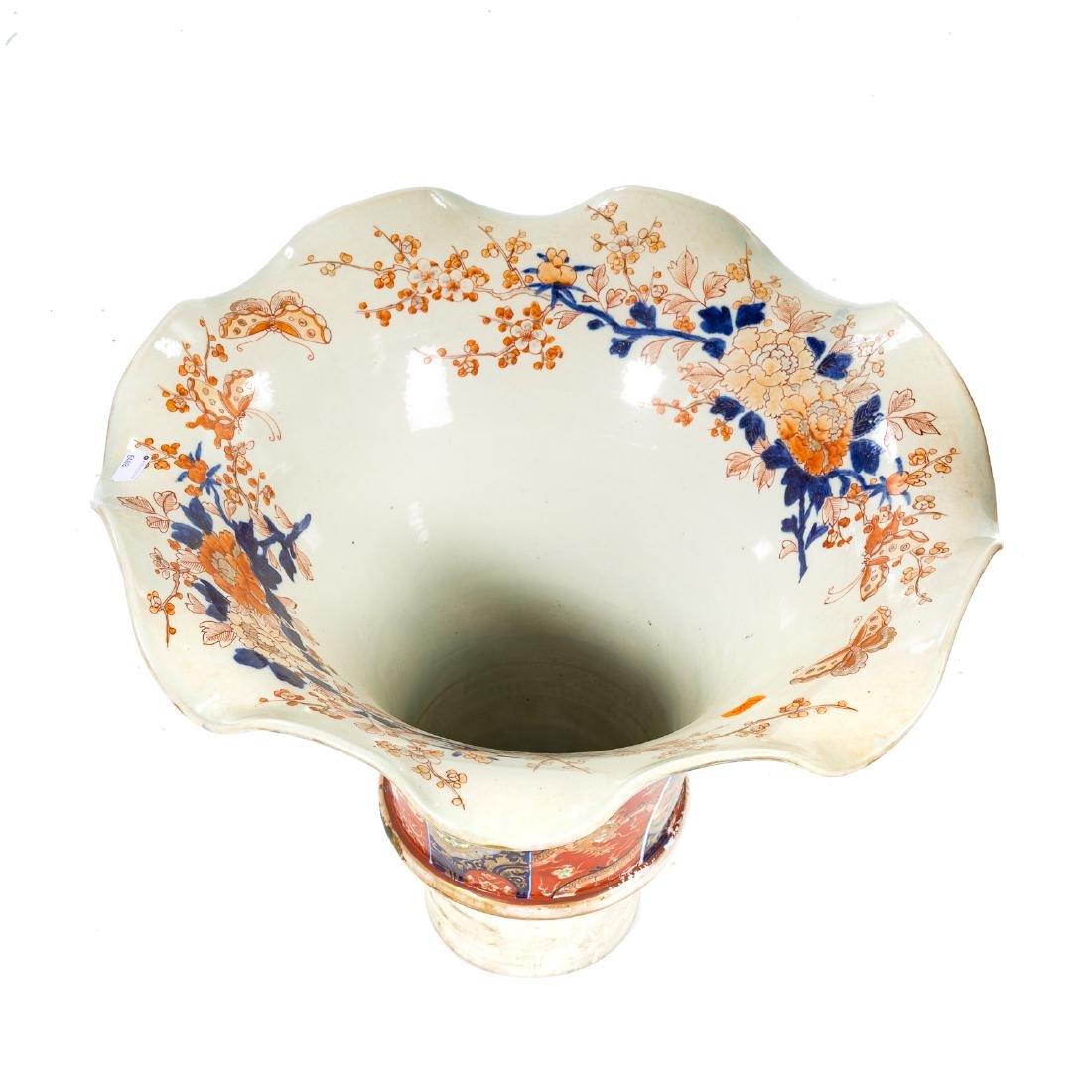 Japanese Imari porcelain monumental palace vase - 7