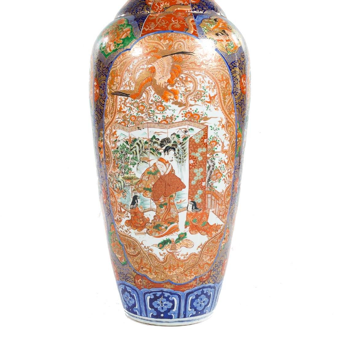 Japanese Imari porcelain monumental palace vase - 9