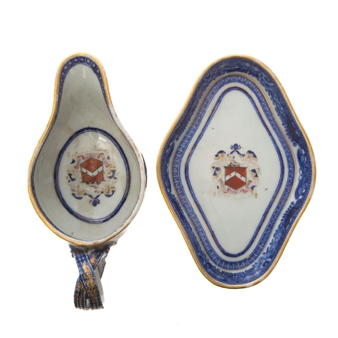 Chinese Export armorial sauce boat & underplate - 3
