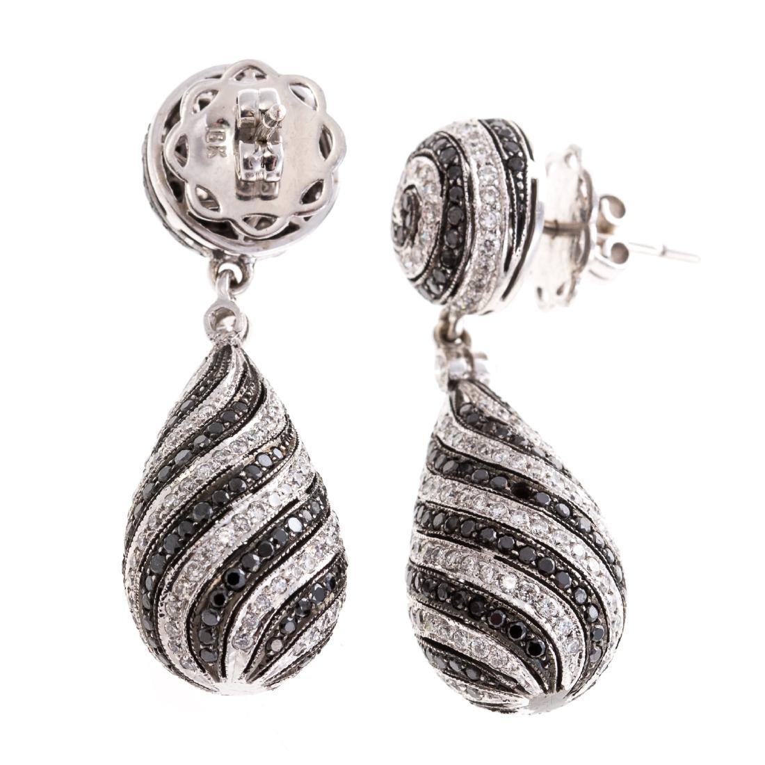 A Pair of Spiral Black & White Diamond Earrings - 2