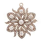 A Ladys Victorian Diamond PendantBrooch in 14K