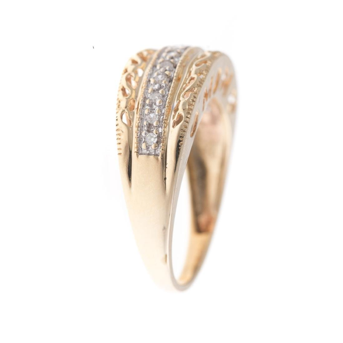 Two Lady's Diamond Rings in 10K Gold - 3