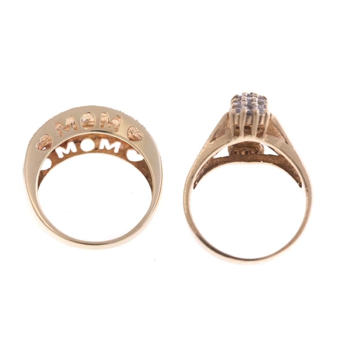 Two Lady's Diamond Rings in 10K Gold - 4