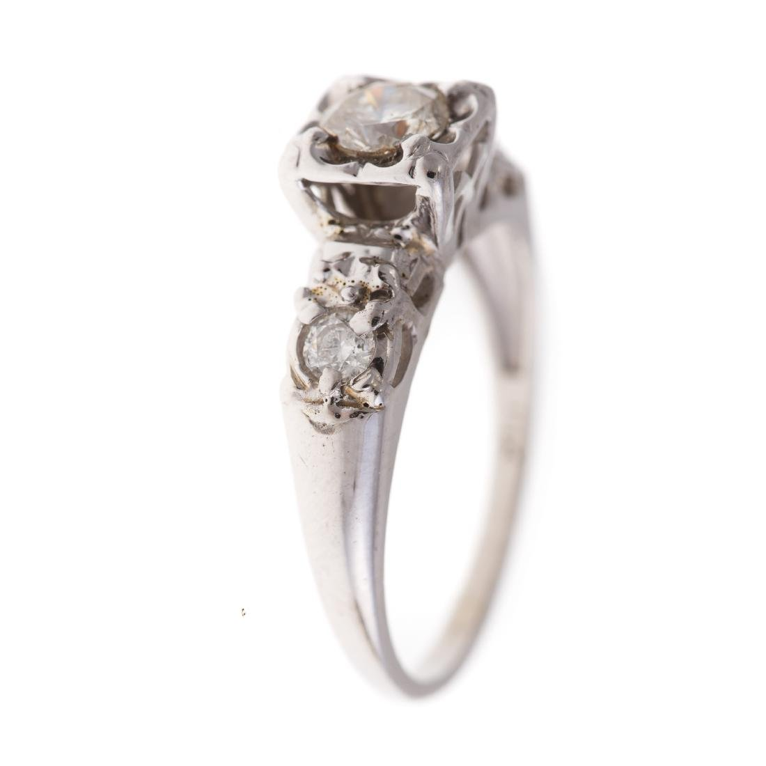 A Lady's Diamond Engagement Set in 14K White Gold - 2