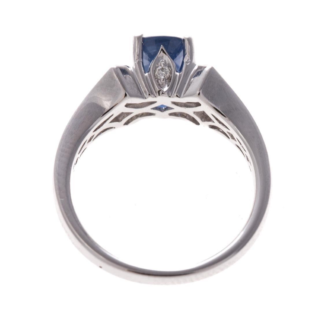A Lady's 18K Sapphire & Diamond Ring - 3
