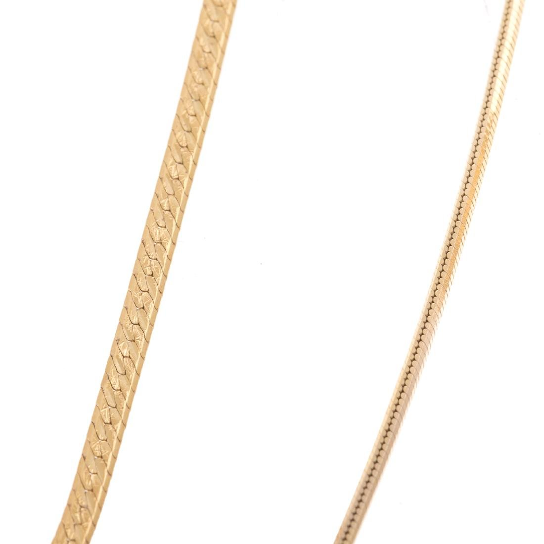 A Pair of Lady's MOP Earrings and Gold Chains - 2