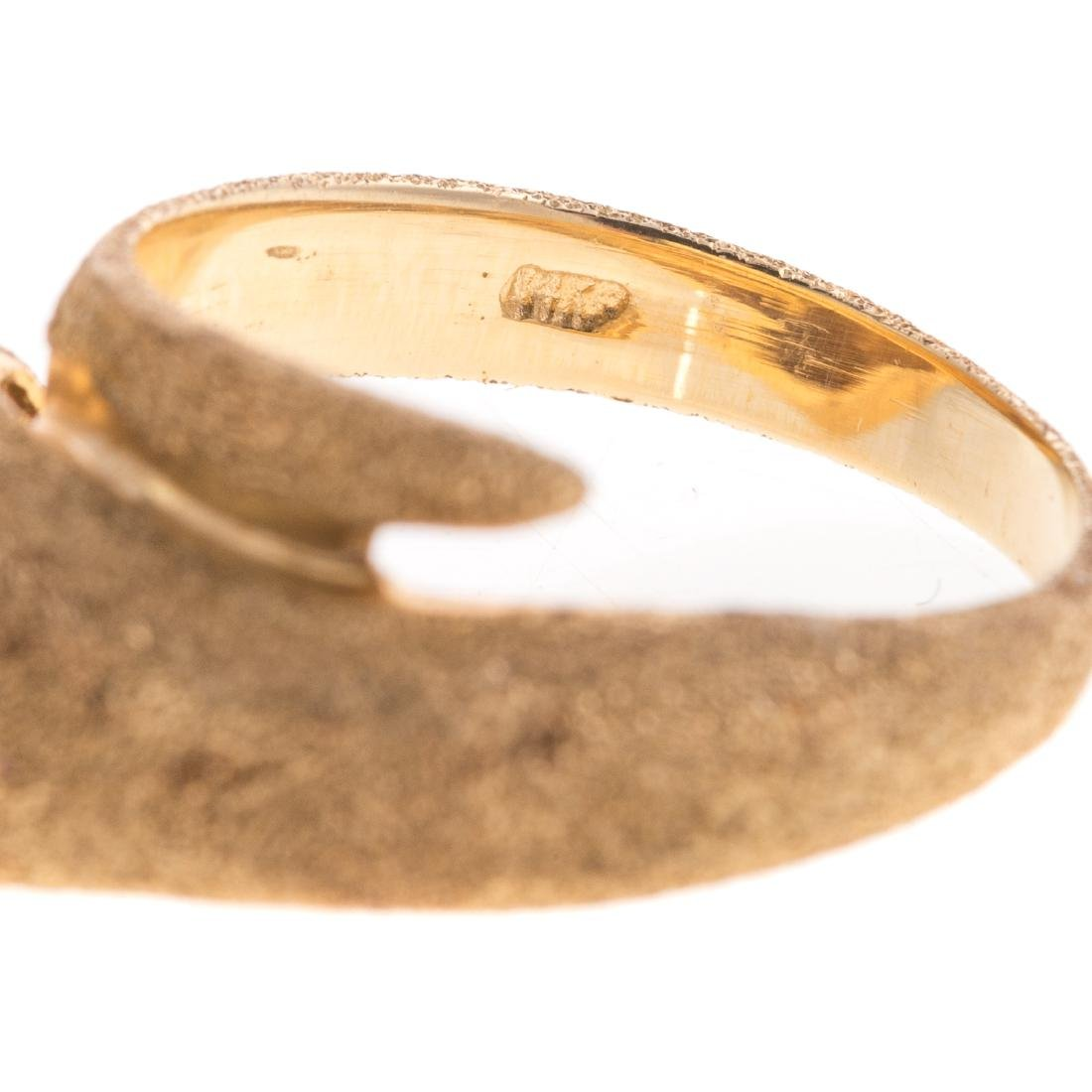 A Lady's 14K Panther Ring with Diamond Eyes - 4