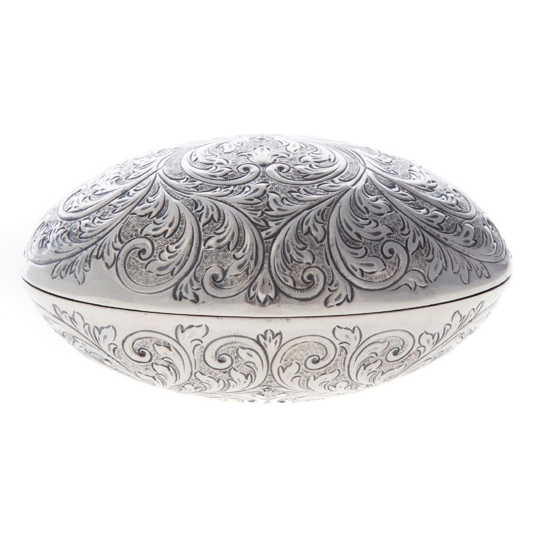 Continental silver hinged box