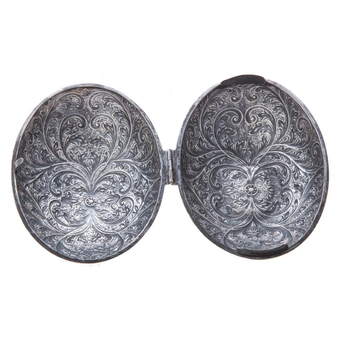 Continental silver hinged box - 2