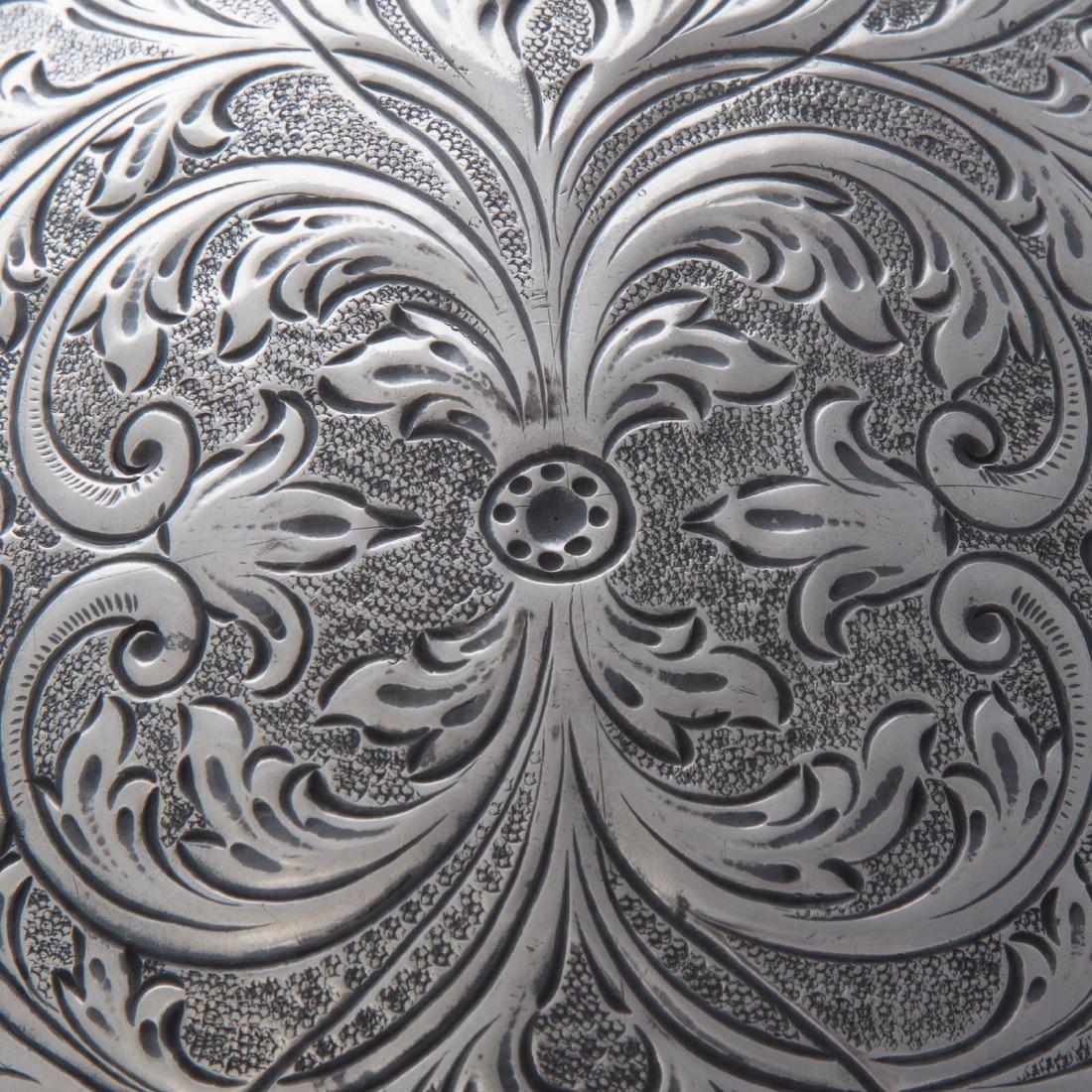 Continental silver hinged box - 4