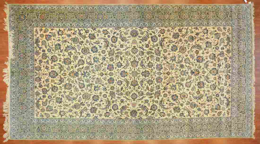 Persian Keshan carpet, approx. 10 x 18