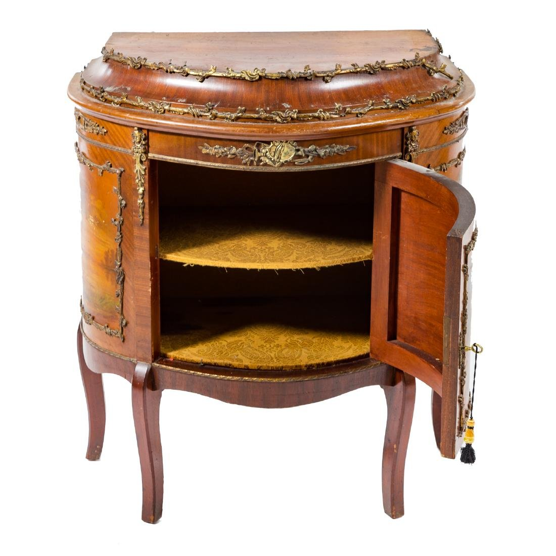 Louis XV style kingwood brass-mounted commode - 4