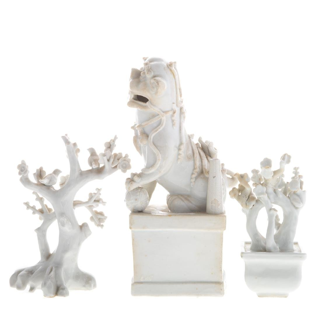 Three Chinese Blanc-de-Chine porcelain objects - 2