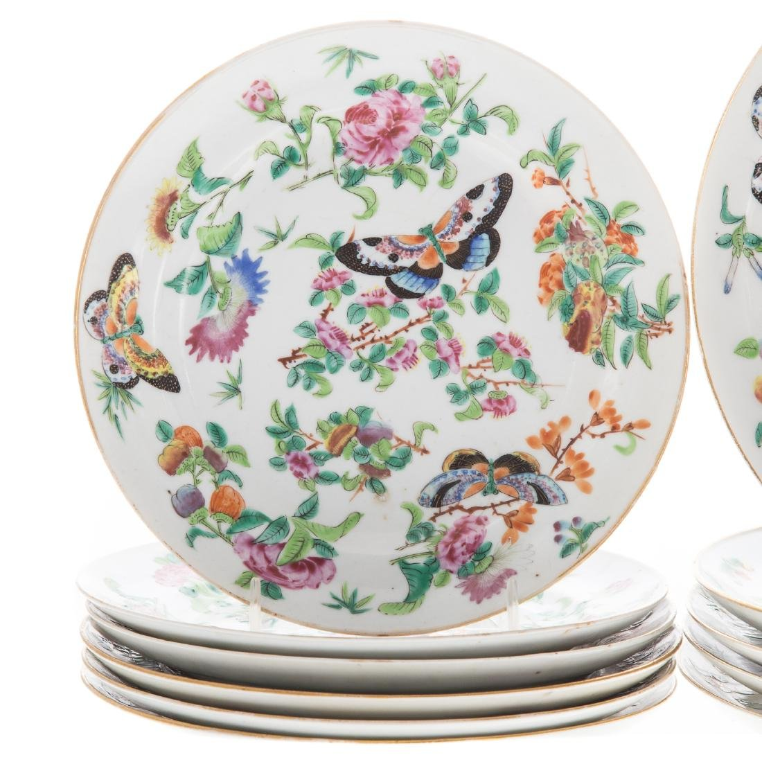 11 Chinese Export Famille Rose plates - 2