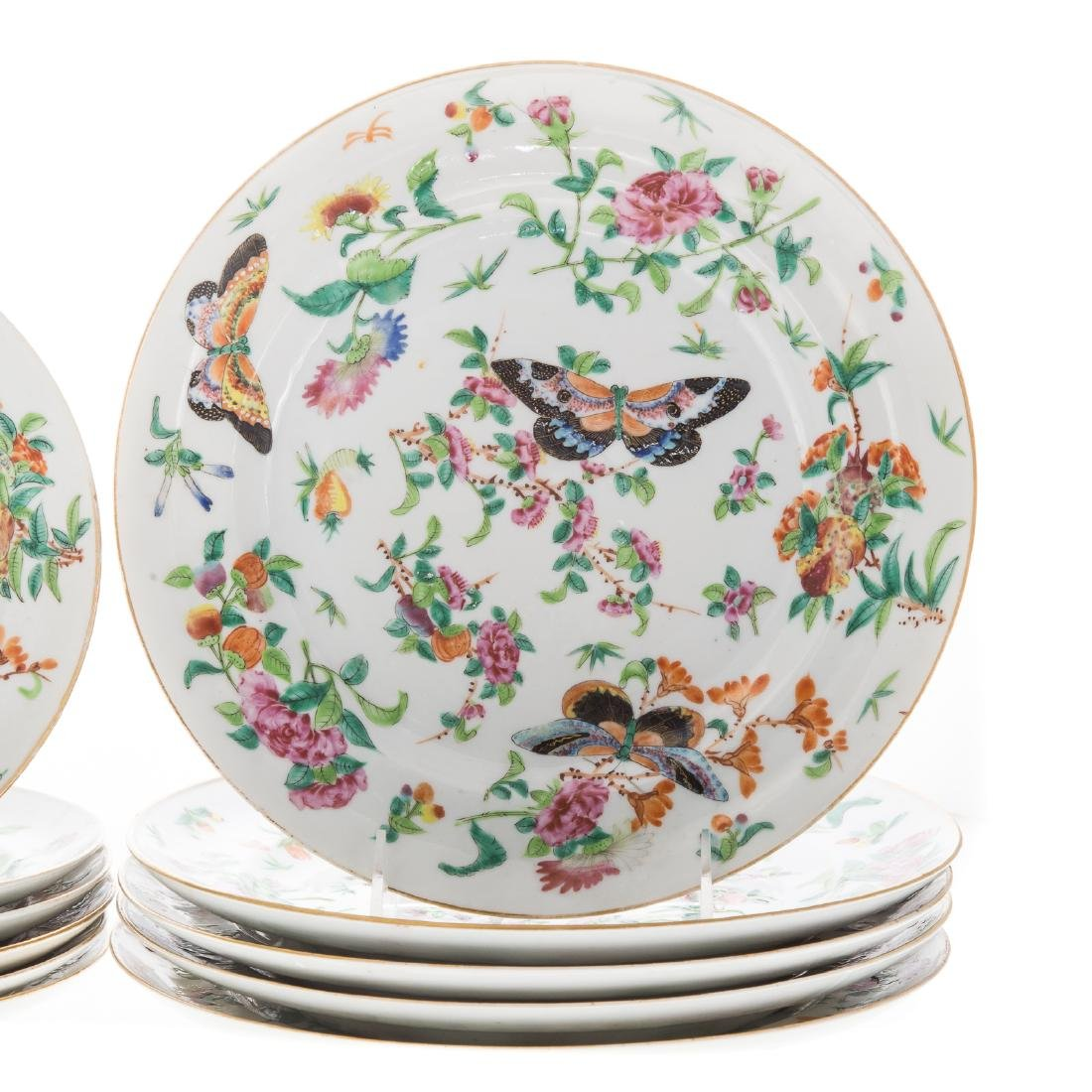 11 Chinese Export Famille Rose plates - 3