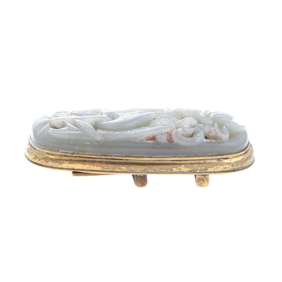 Chinese carved jade amulet - 4