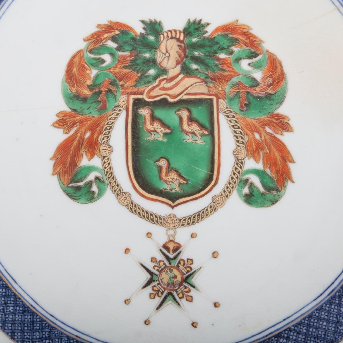 Chinese Export armorial bowl - 2