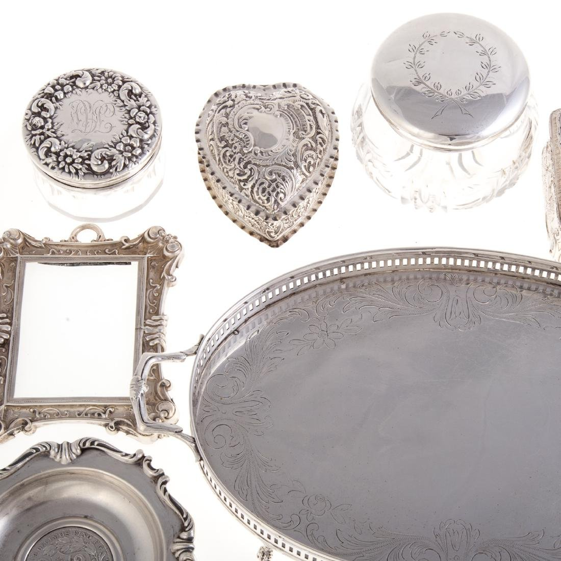 American & Continental silver vanity items - 3