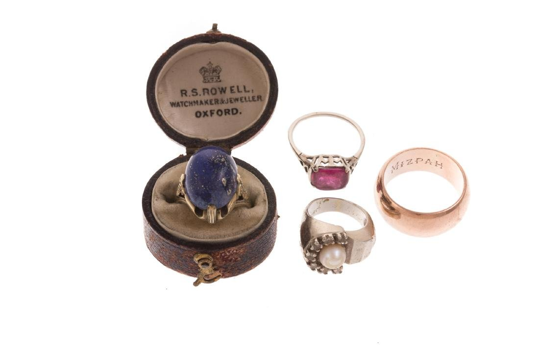 A Collection of Ladies Gold & Gemstone Rings