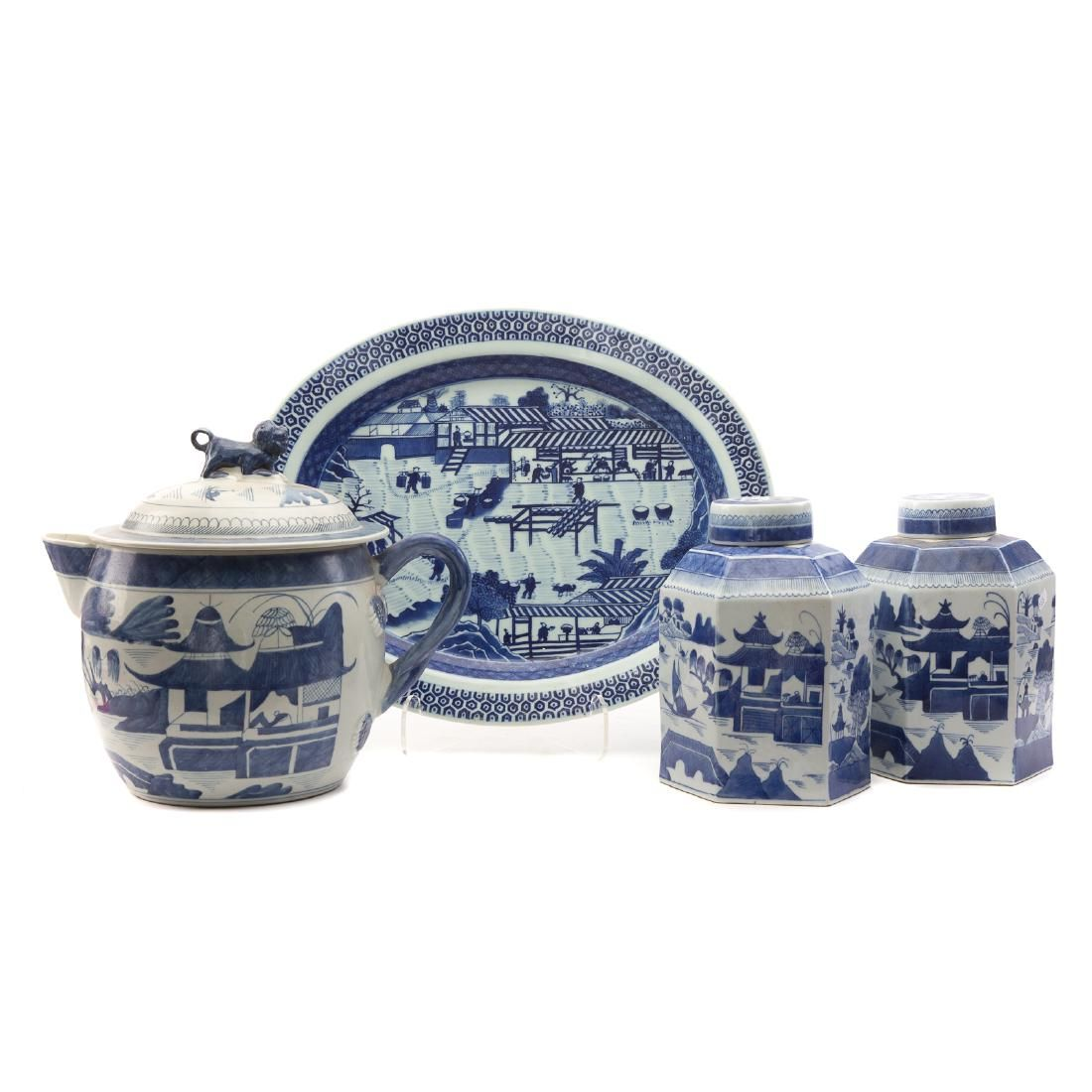 Four Chinese Export Canton Porcelain Articles