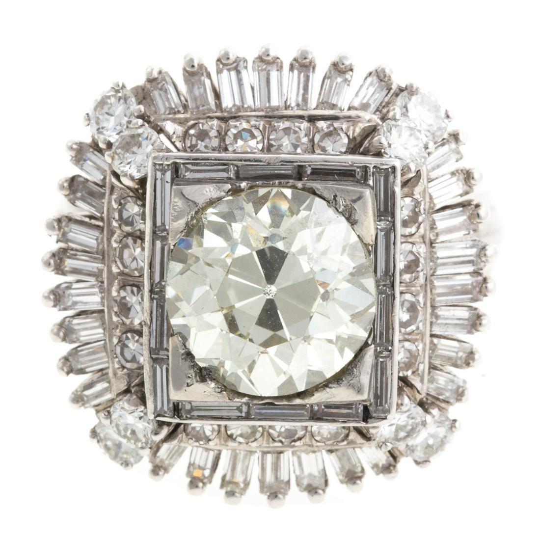 A Ladies Vintage 3 ct Diamond Ring in Platinum