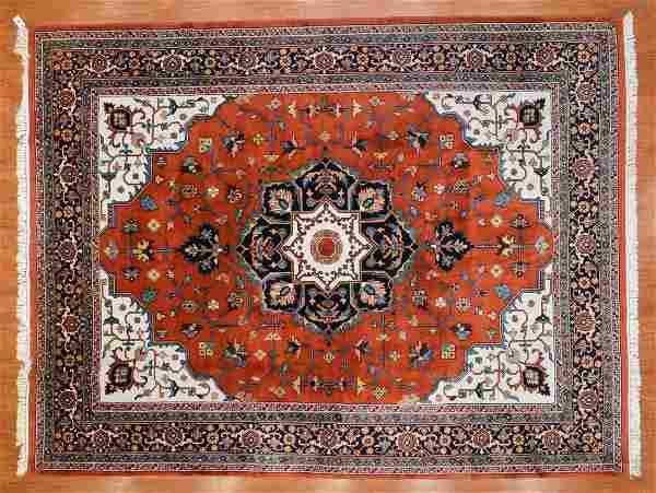 Indo Serapi Carpet, India, 9 x 11.9