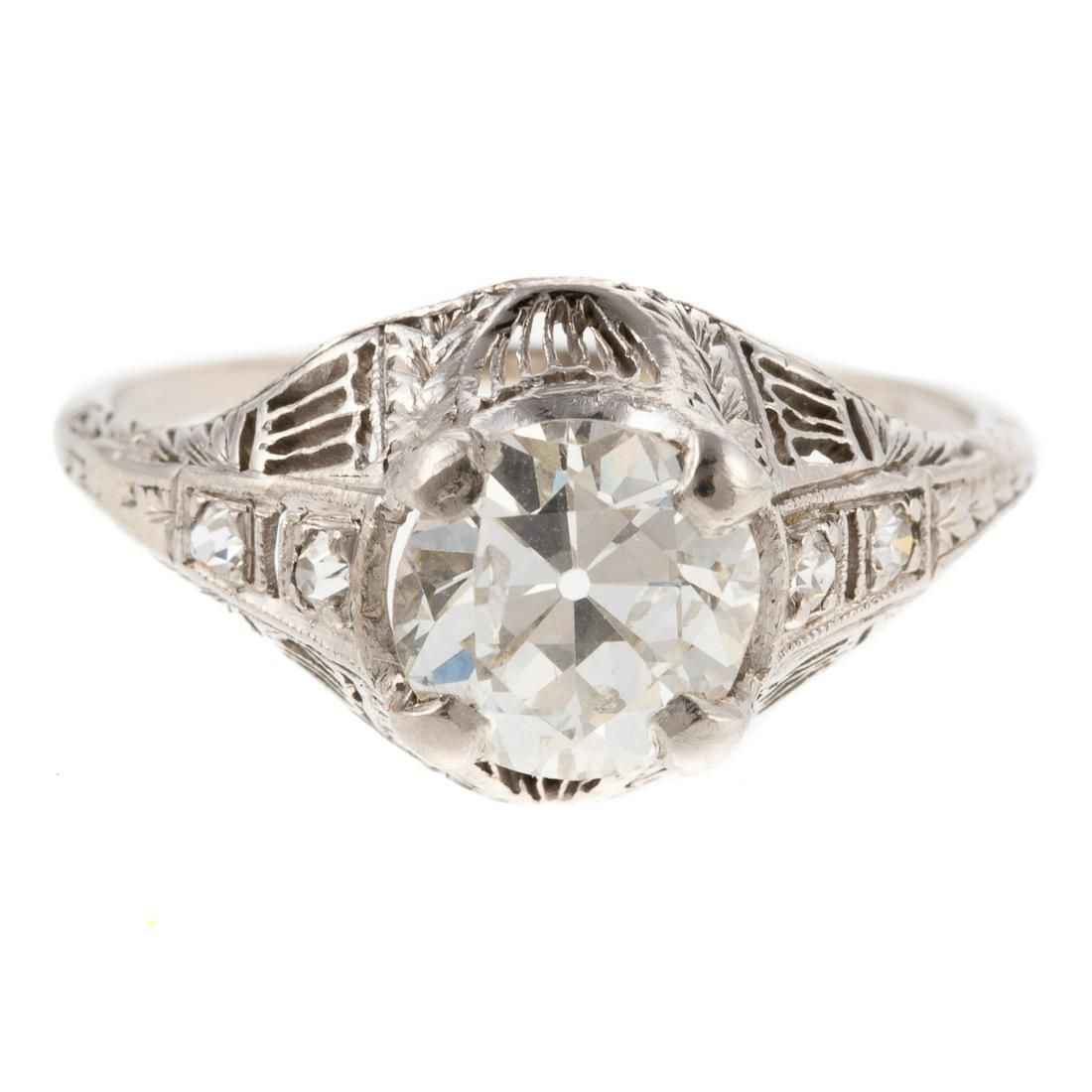 An Art Deco Filigree Diamond Ring in 14K