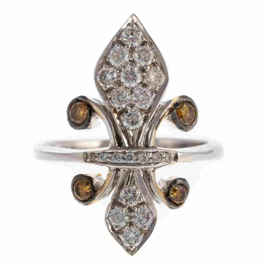 A Ladies Fleur de Lis Diamond Ring in 18K