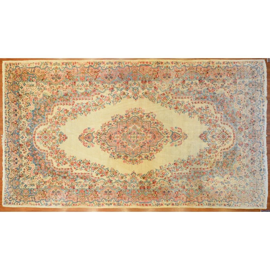 Kazvin Carpet, Persia, 10.1 x 18