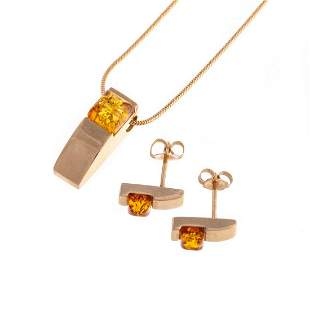 An Amber Pendant & Matching Earrings in 14K