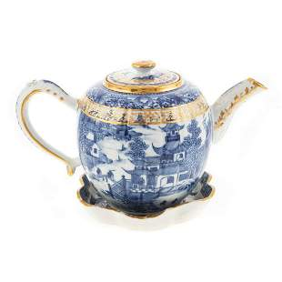 Chinese Export Blue/White Teapot & Stand