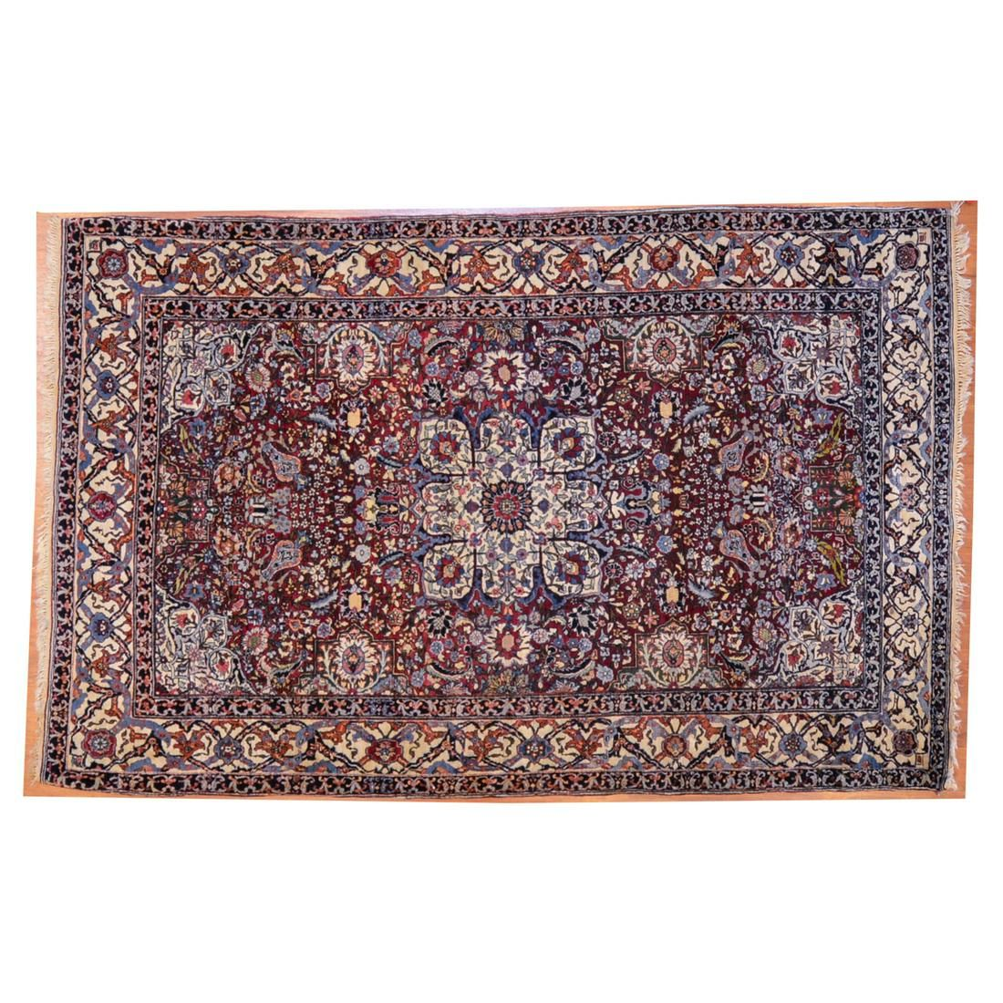 Antique Isfahan Rug, Persia, 4.5 x 6.11