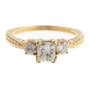 A Diamond Engagement Ring in 18K Yellow Gold