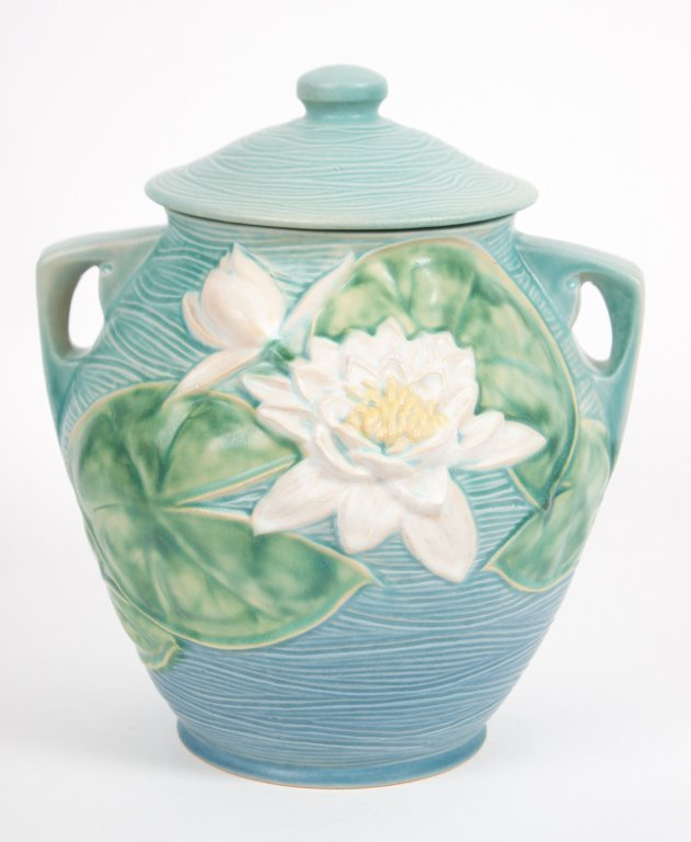 Roseville blue Water Lily lidded cookie jar