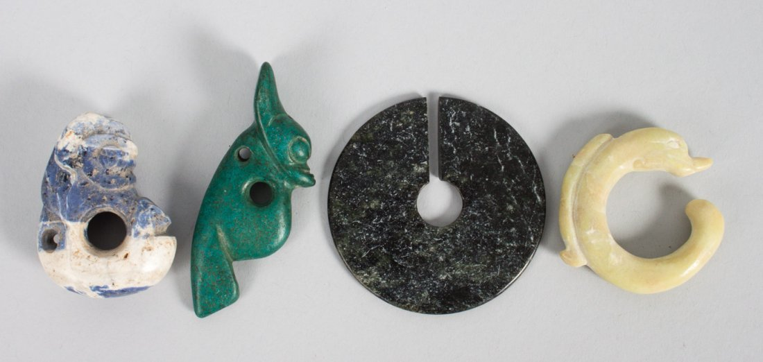 4 Chinese carved hardstone and jade objects