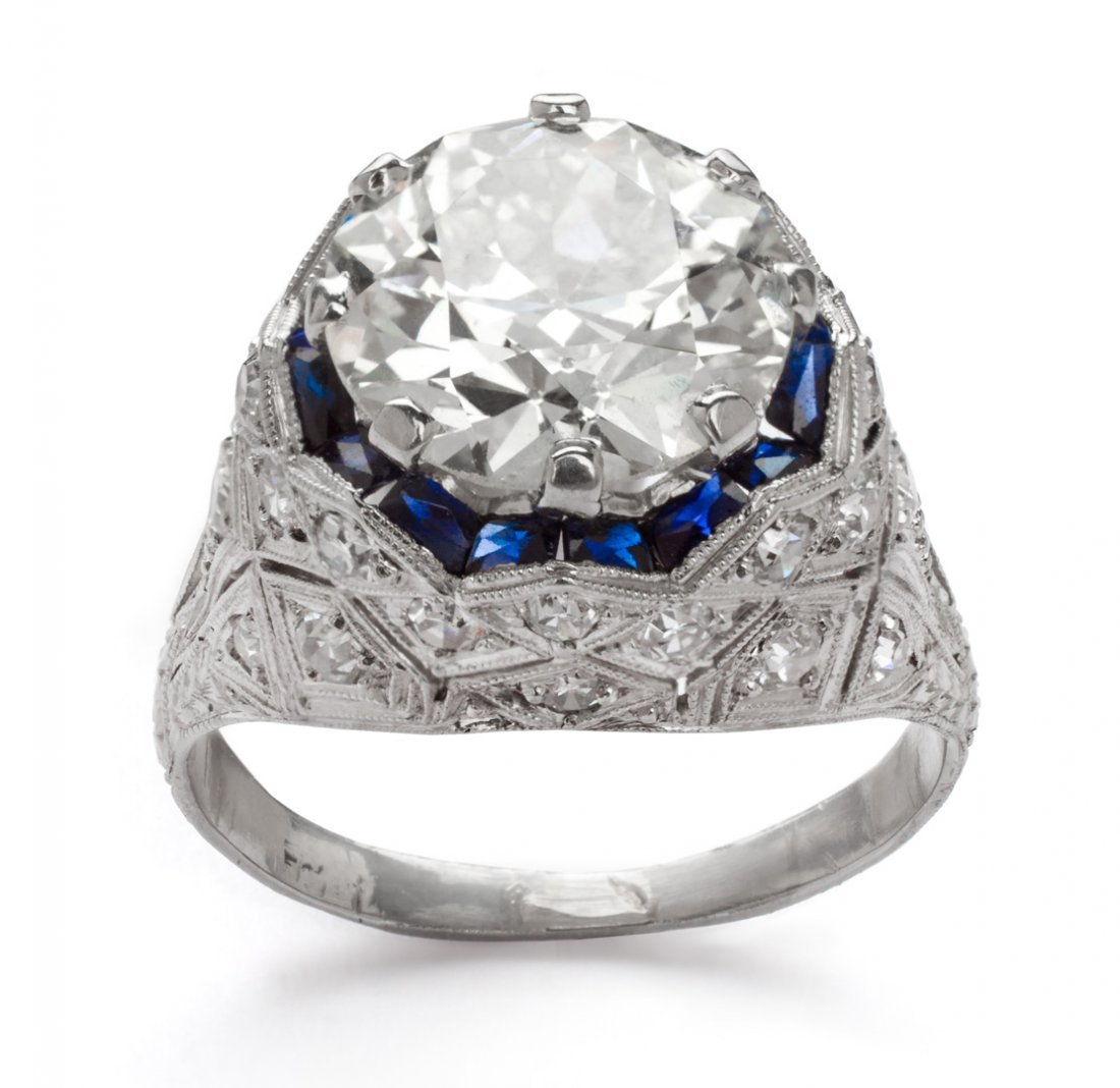 Lady's Art Deco diamond & platinum engagement ring