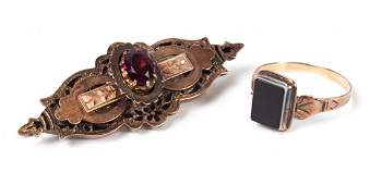 Victorian rose gold brooch  agate ring