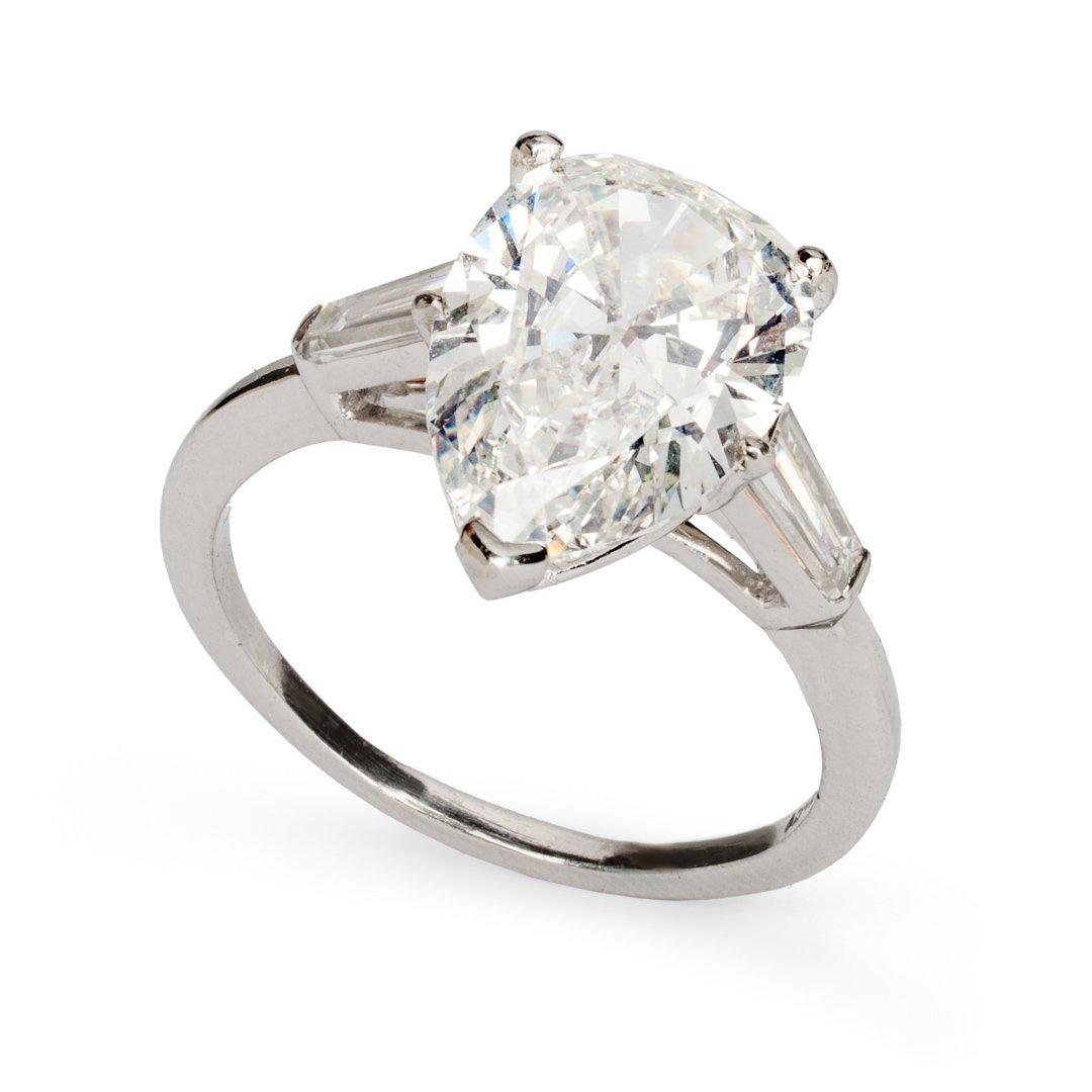Lady's 3.80 carat diamond solitaire ring