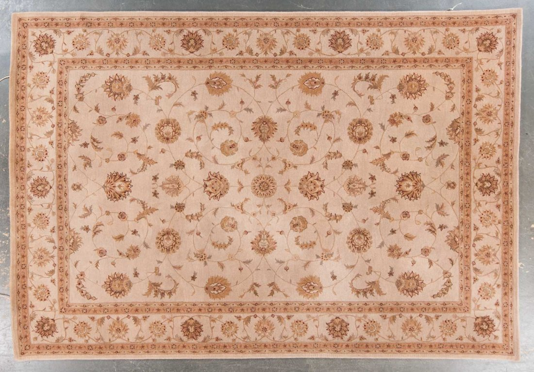 Tufted Persian design rug, approx. 9.9 x 13.9