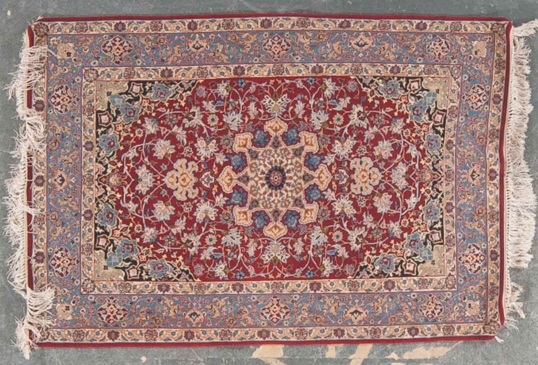 Fine Isphahan rug, approx. 3.6 x 4.11