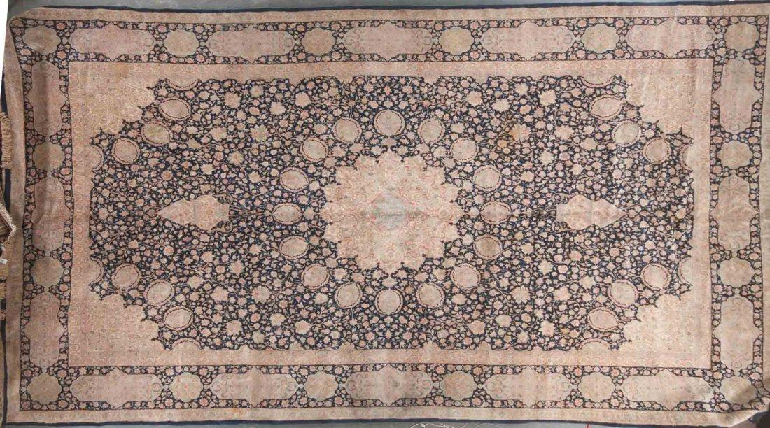 Fine Kerman carpet, approx. 13.9 x 24.10