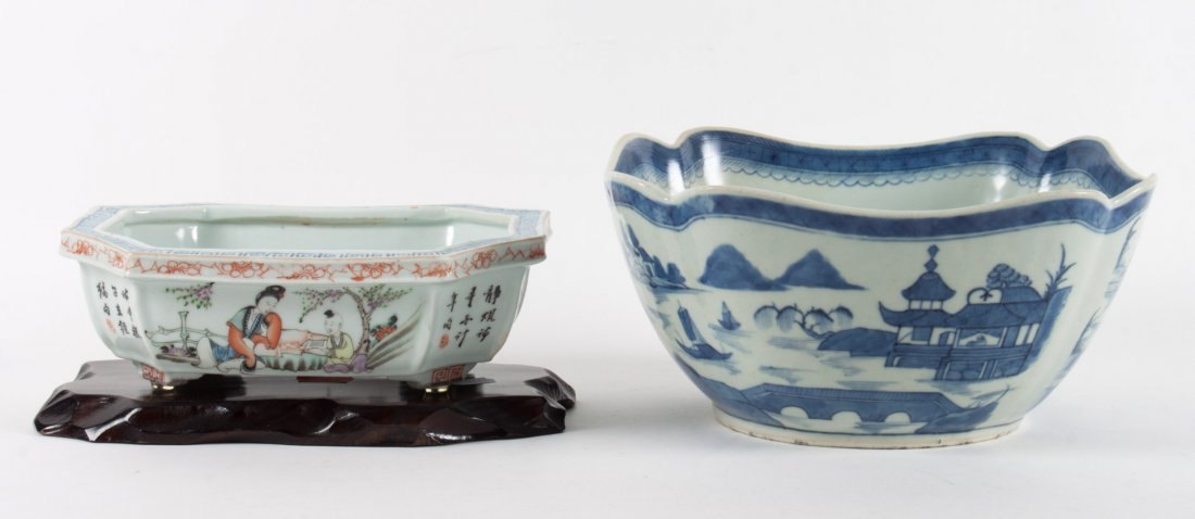Chinese Export porcelain bowl and bulb planter