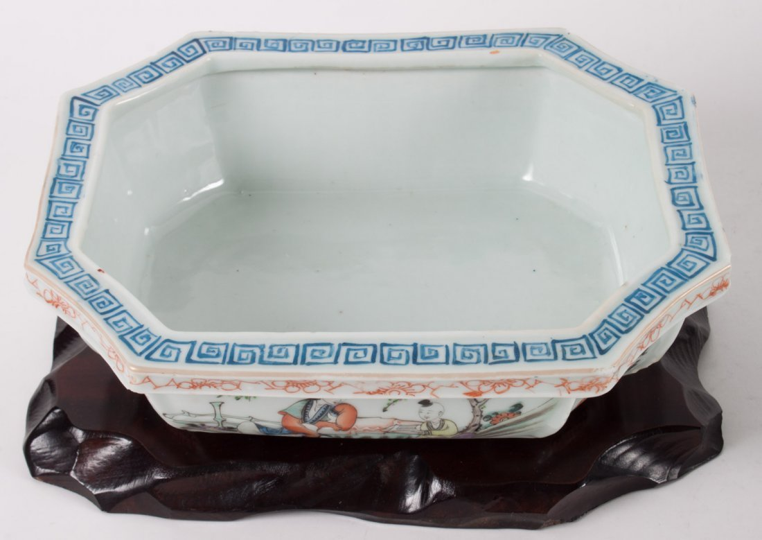 Chinese Export porcelain bowl and bulb planter - 5