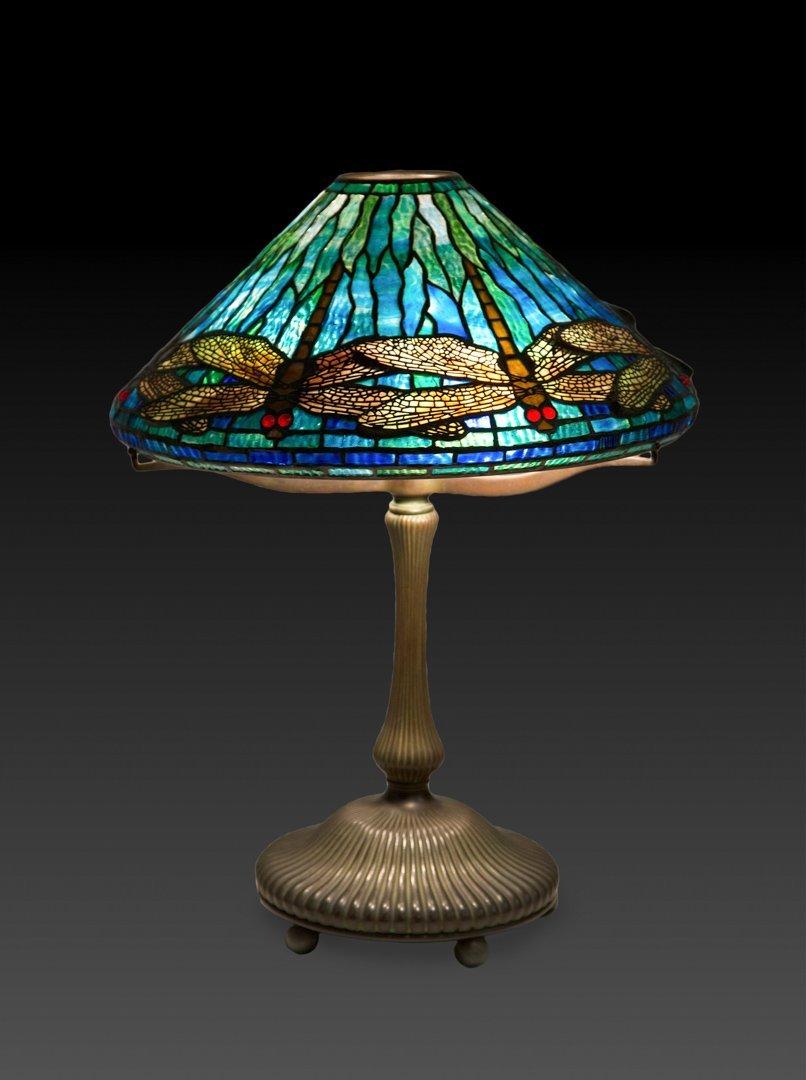 "Tiffany Studios ""Dragonfly"" lamp"