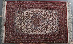 Fine Ispahan rug, approx. 3.3 x 4.9
