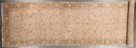 Indo Agra carpet, approx. 7 x 24