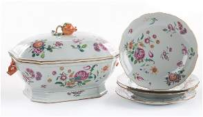 Chinese Export Famille Rose soup tureen and bowls