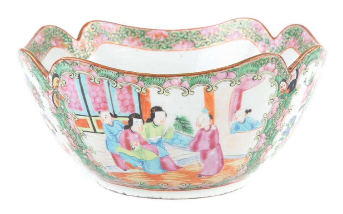 Chinese Export Rose Medallion porcelain bowl